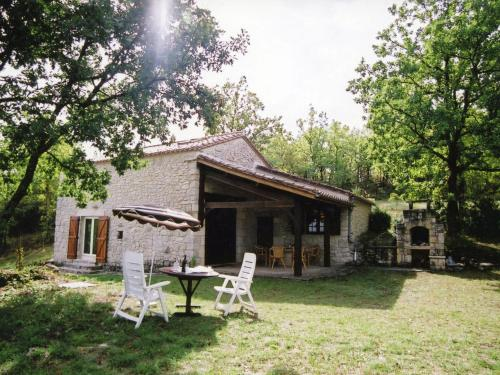 Maison De Vacances - Mauroux 1 : Guest accommodation near Mauroux