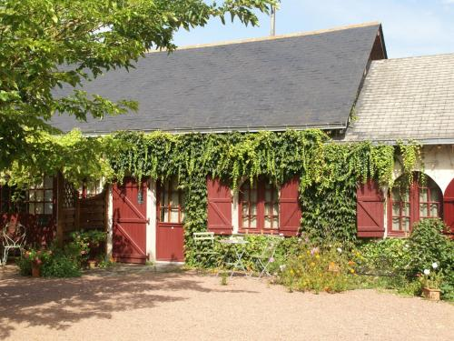 Maison De Vacances - Brion : Guest accommodation near Beaufort-en-Vallée