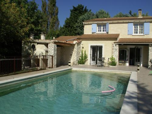 Maison De Vacances - Le Thor : Guest accommodation near Châteauneuf-de-Gadagne