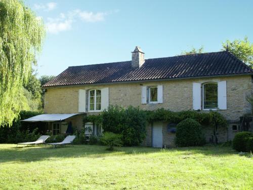 Maison De Vacances - Villefranche-Du-Perigord 2 : Guest accommodation near Besse