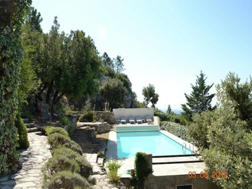 Villa vue splendide : Guest accommodation near Villecroze