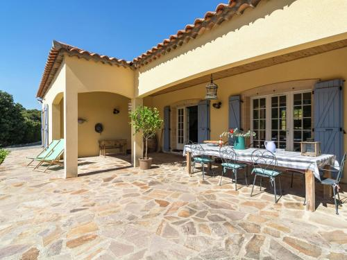 Villa - Saint-Jean-De-Minervois : Guest accommodation near Montouliers