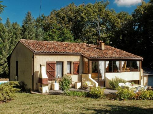 Maison De Vacances - Anglars-Nozac 2 : Guest accommodation near Rouffilhac
