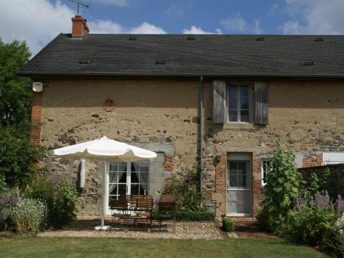 Maison De Vacances - Maltat : Guest accommodation near Saint-Pourçain-sur-Besbre