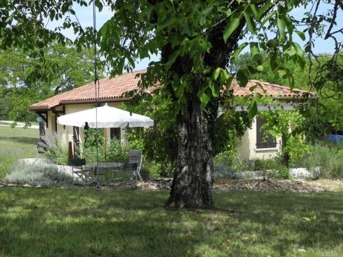 Maison De Vacances - Ajat : Guest accommodation near Brouchaud