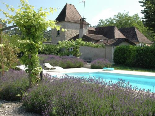 Maison De Vacances - Eyliac : Guest accommodation near Cubjac