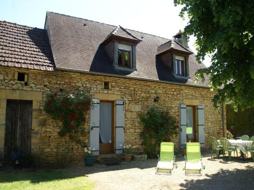 Maison De Vacances - Prats-De-Carlux 1 : Guest accommodation near Simeyrols