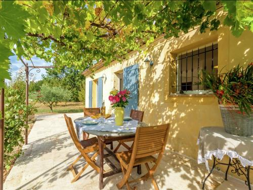 Maison De Vacances - Aups : Guest accommodation near Aups