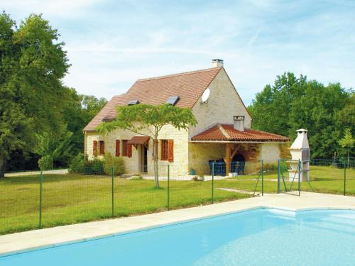 Maison De Vacances - Uzech : Guest accommodation near Montamel