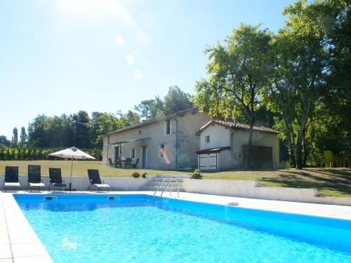 Maison De Vacances - Verteillac : Guest accommodation near La Tour-Blanche
