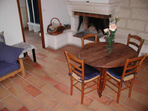 Mas Vinson : Guest accommodation near Cannes-et-Clairan