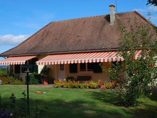 Balcon de Pannecière : Guest accommodation near Dun-sur-Grandry