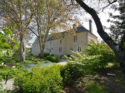 Le Domaine De Pierrepont : Guest accommodation near Creully