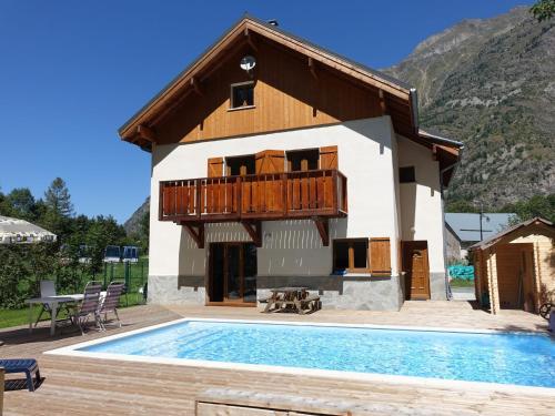 Marianne : Guest accommodation near La Salette-Fallavaux