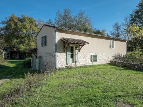 Maison De Vacances - Conne-De-Labarde 2 : Guest accommodation near Saint-Cernin-de-Labarde