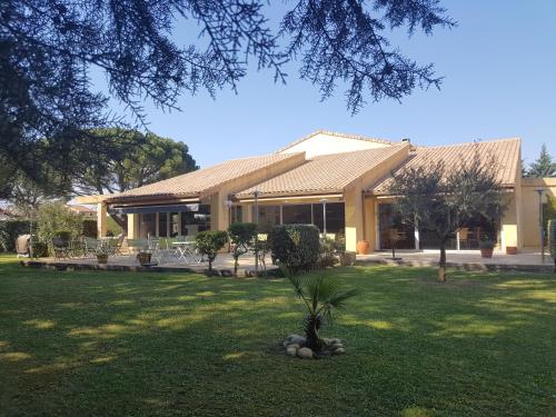 Le Mas De L'olivier : Hotel near Carsan