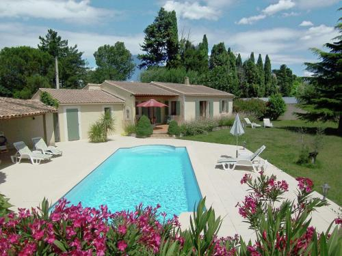 Holiday home Bellavista : Guest accommodation near Verquières