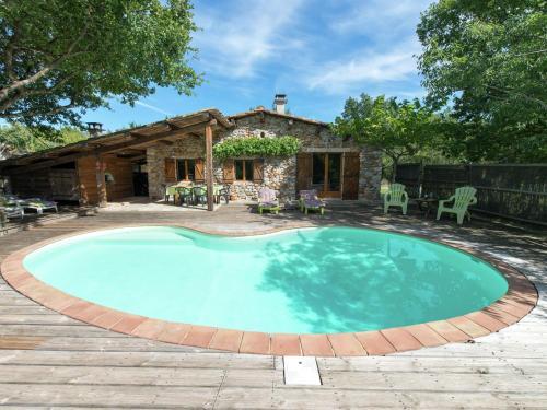 Maison De Vacances - St Alban-Auriolles 2 : Guest accommodation near Saint-Alban-Auriolles