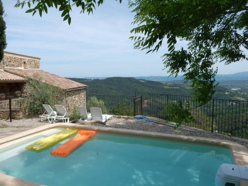 Maison De Vacances - Chassiers 1 : Guest accommodation near Chazeaux