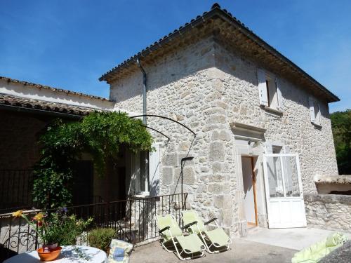 Maison De Vacances - Montclus : Guest accommodation near Saint-André-de-Roquepertuis