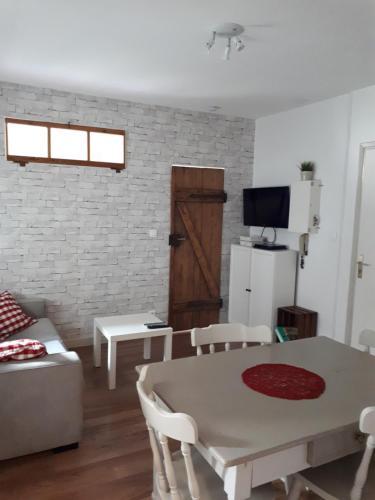 Chez Noah Le Vigneron : Apartment near Thannenkirch
