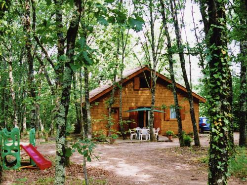 Chalet - Montricoux : Guest accommodation near Septfonds