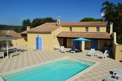 Maison de charme en Provence : Guest accommodation near Caumont-sur-Durance