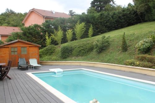 Le Panorama : Bed and Breakfast near Bossieu