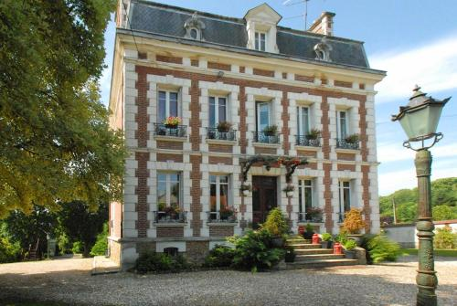 Le Domaine des Prés du Hom : Bed and Breakfast near Authevernes