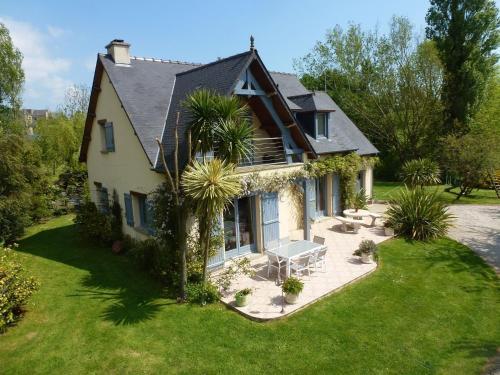 Hetraie : Guest accommodation near Foucarville