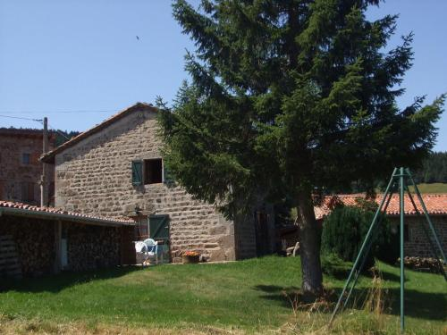 Goutte-Claire : Guest accommodation near Trelins
