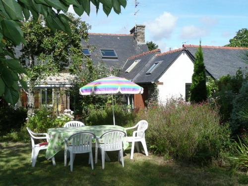 Holiday home La Petite Maison 1 : Guest accommodation near Plérin