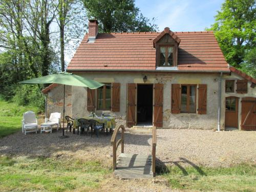 La Maison Du Père Patin : Guest accommodation near Fertrève