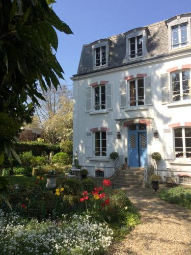 Le Clos des Princes : Bed and Breakfast near Châtenay-Malabry