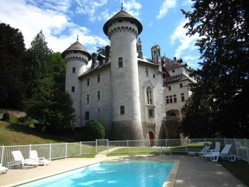 Apartment La Luna 1 : Guest accommodation near Clarafond-Arcine