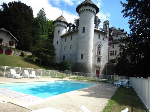 Du Soleil : Guest accommodation near Clermont