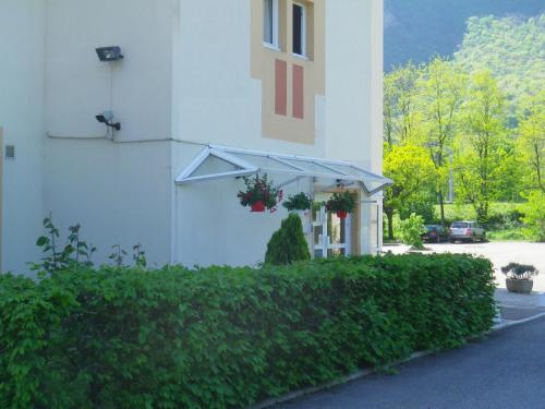 Hotel Amys Voreppe : Hotel near Réaumont