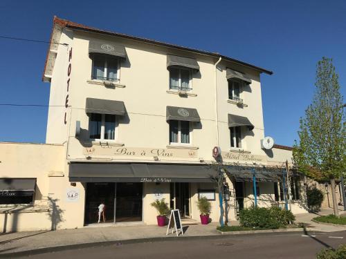 Hôtel Bellevue : Hotel near Corgengoux