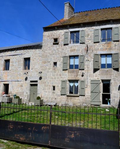 La Ferme du Crouzet : Guest accommodation near Aumont-Aubrac