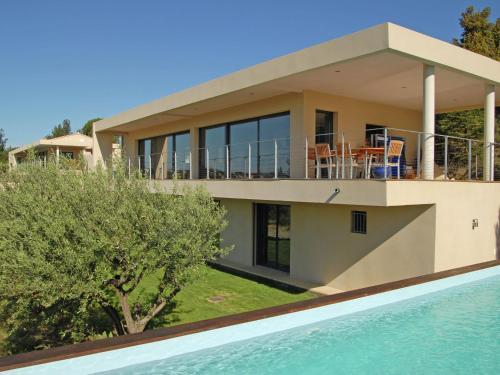 Villa Olympe : Guest accommodation near Rochefort-du-Gard