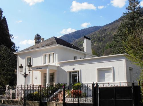 Villa Blanca : Guest accommodation near Saccourvielle