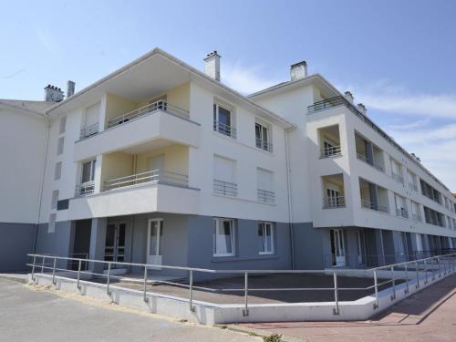 Résidence Des Deux Caps : Apartment near Saint-Inglevert