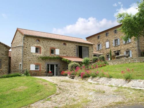 La Chambrine : Guest accommodation near Apchat