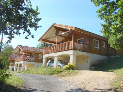 Le Village Du Soleil - Montagne : Guest accommodation near Mauroux