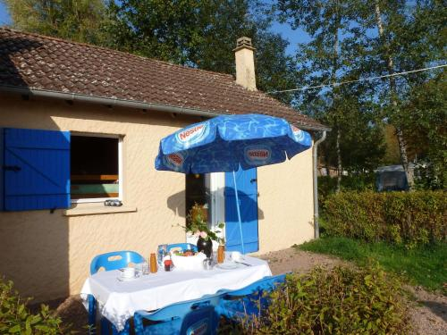 Holiday home Camping Des Bains 1 : Guest accommodation near Devay