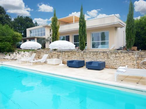 L Architecture D Anne : Guest accommodation near Le Garn