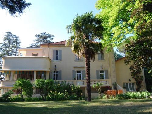Romarin : Guest accommodation near Saint-Pantaléon-les-Vignes