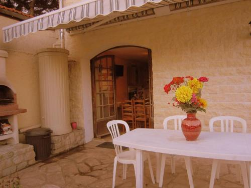 Ravinala : Guest accommodation near Champs-sur-Marne