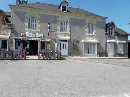 Café de la gare : Hotel near Marçay