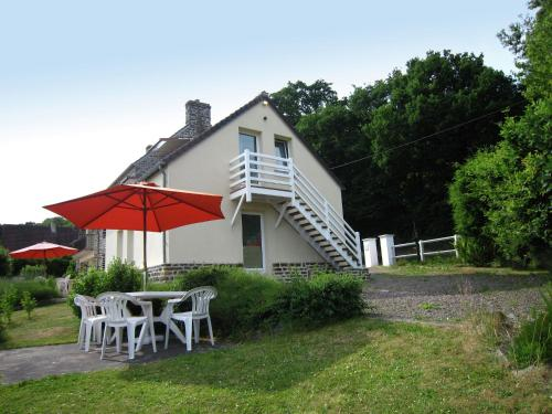 Lemoine : Apartment near Montchauvet